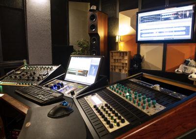 Pantallas estudio Crossfade Mastering